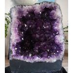 Amethist Geode Uruguai donkerpaarse grote kristallen