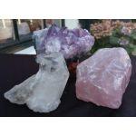 Super' natuur'en donker helderpaarse ruwe Magical Trio Amethist-Rozekwarts-Bergkristal  kleine middenmaat